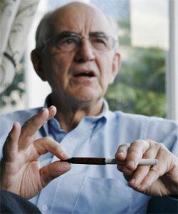 Un médecin donne son avis sur la e-cigarette